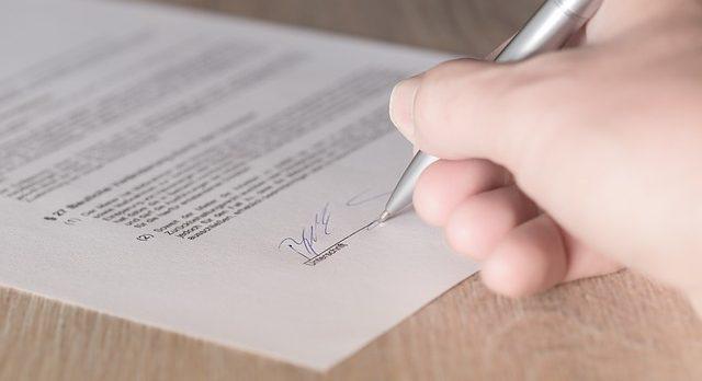 ポケットWiFiの契約を未成年でも勝ち取る方法!親の同意書は必要なのか?